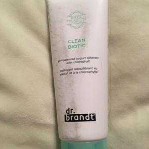 DR. Brandt clean biotic yogurt cleanser